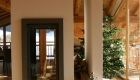 Foyer vertical design