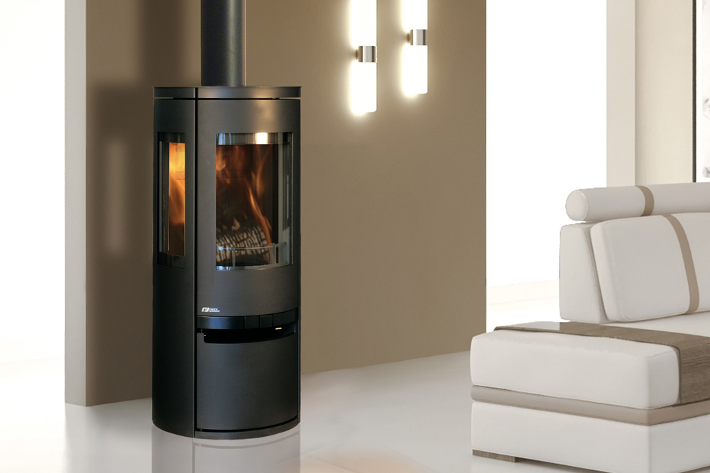 po le bois soro cheminee. Black Bedroom Furniture Sets. Home Design Ideas
